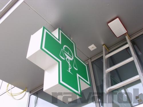 lékárenský kříž